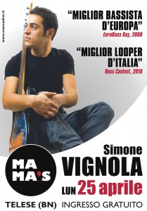 Simone Vignola Live @ Mama's